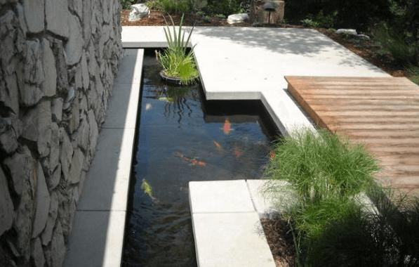 kolam koi modern yang minimalis